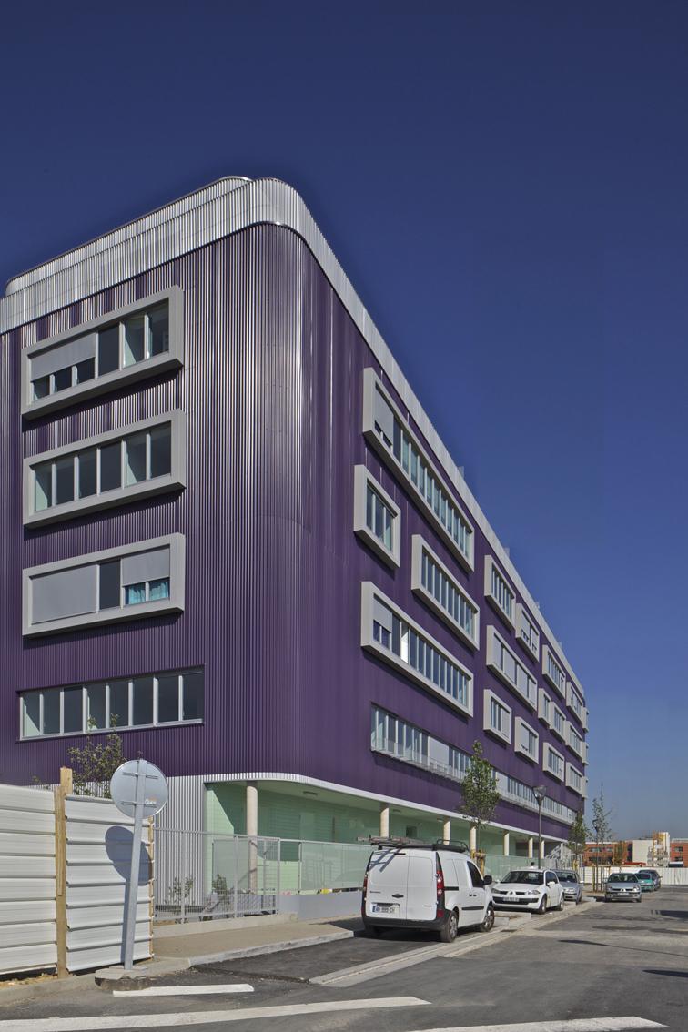 massy logements by du besset lyon architectes vnorte. Black Bedroom Furniture Sets. Home Design Ideas